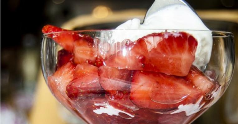 Helado Yogur fresas